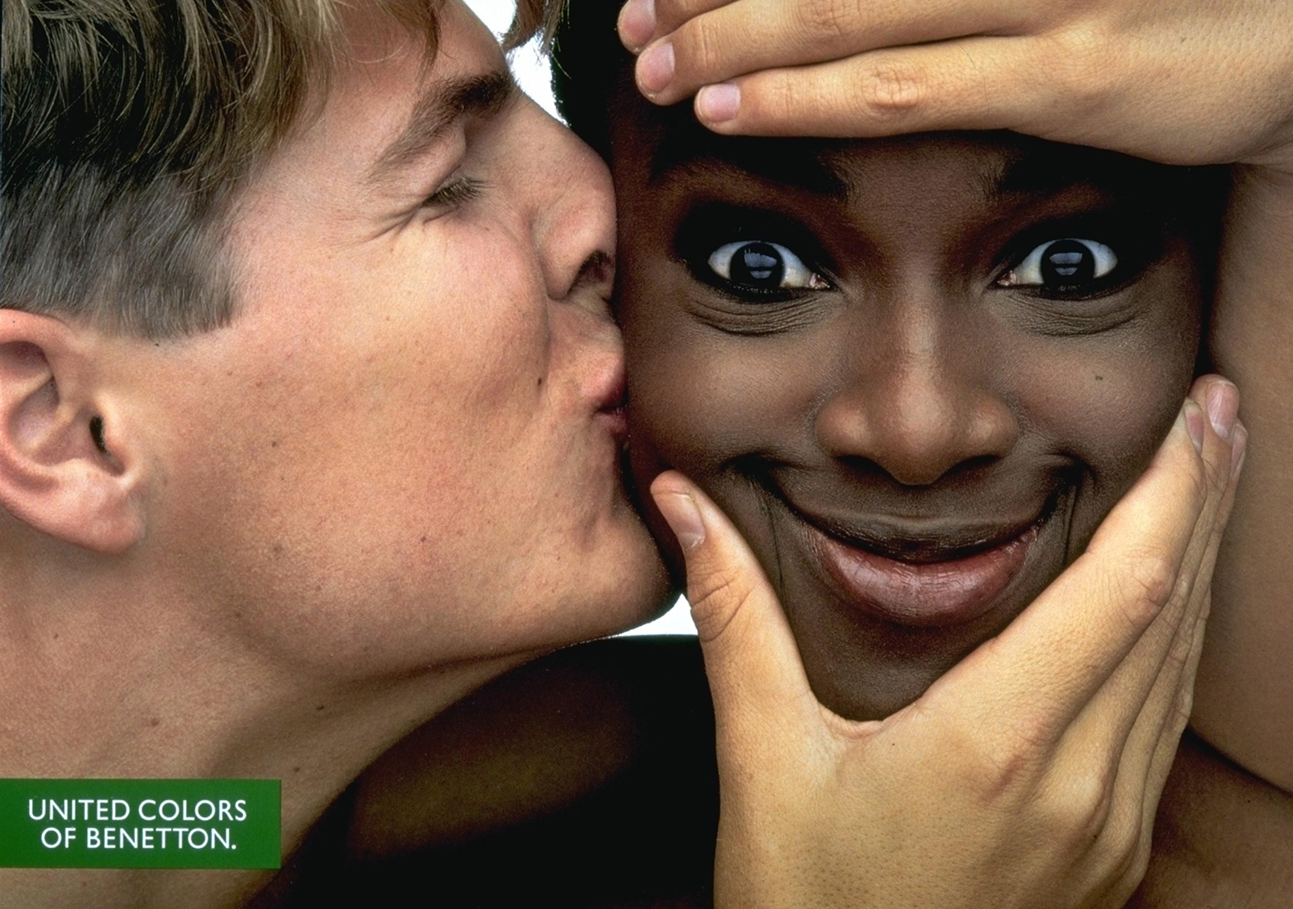 Фото негритя с белыми парнями 14 фотография